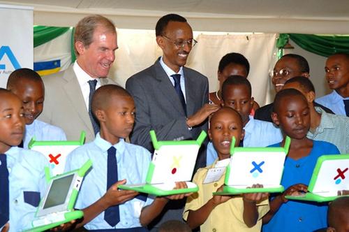 President-Kagame-Nicholas-Negroponte